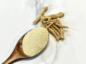 Ashwagandha en poudre pour la médecine ayurvedique